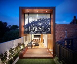 Nicholson Residence Featues Stunning Sheet Metal Façade