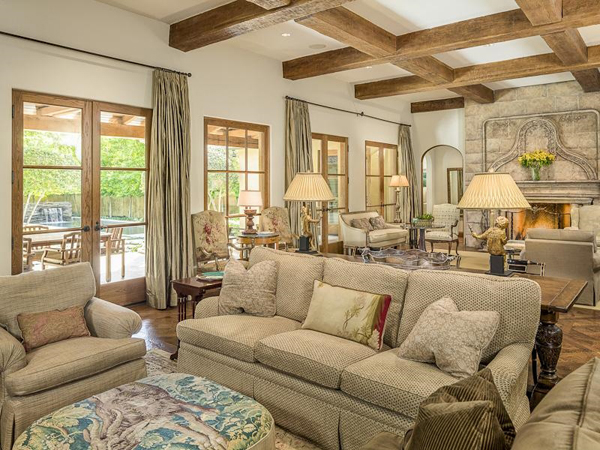 Gorgeous Santa Barbara Style Home In Texas