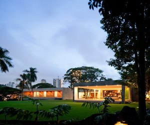 Grecia House in São Paulo by Isay Weinfeld