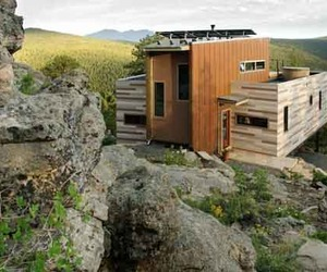 Green Architecture of Solar Shipping Container House