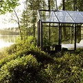 Greenhouse Bedroom: Garden Shed Rest