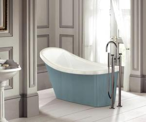 Greenwich Bathtub by B.C. Sanitan