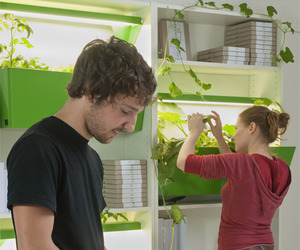 "Grow your Food Indoors With ""Parasite Farm"""