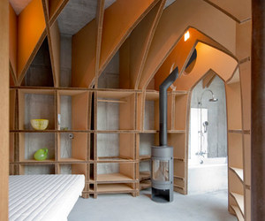 Guest Room by Jeroen van Mechelen