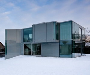 H House, Exotic Glass House
