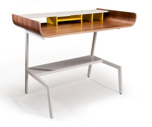 Half Pipe desk by Pfeiffer Lab