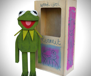 Handmade Wooden Muppet Idol Sculptures