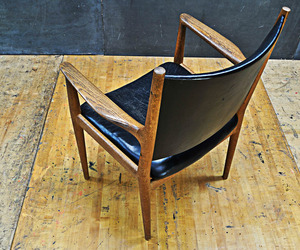 Hans Wegner JH-513 Oak Leather Chair J. Hansen