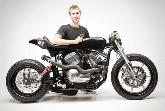harley davidson v rod custom by wonder bikes. Black Bedroom Furniture Sets. Home Design Ideas