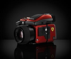 Hasselblad H4D-40 Ferrari Edition