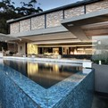 SAOTA Designed Head Road House Updated by Antoni Assoc