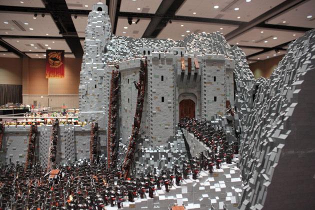Helm S Deep Lego Battle Scene