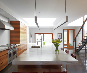 Hewitt Avenue House by Altius Architecture