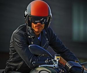 Hi-Jack helmet For Aviation Buffs