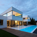 HI-MACS House by Karl Dreer and Bembé Dellinger Architects