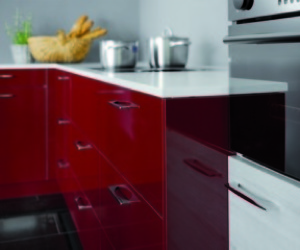 High-gloss kitchen cabinets