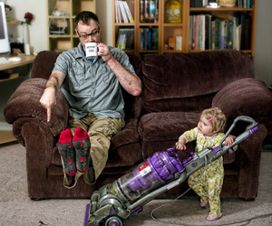 Hilarious Father Daughter Photo Series by Dave Engledow