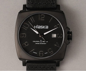 Hlaska Black Out Watch