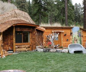 Hobbit House of Montana for fairyland experience
