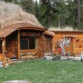 Hobbit House of Montana for fairyland experience