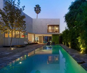 Hollywood's Norwich Residence by Clive Wilkinson Architects