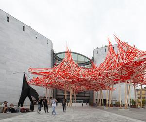 Hommage à Alexander Calder by Arne Quinze at MAMAC