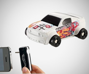 Hot Wheels iNitro Speeders for Apple iPhone