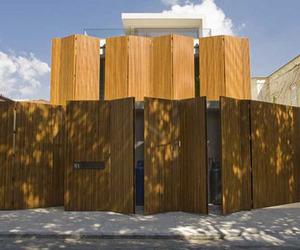 House 53 by Marcio Kogan