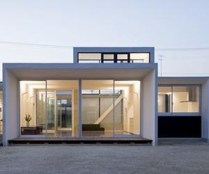 House by Kazujuki Okumura
