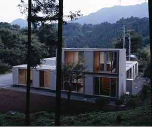 House for Mr. & Mrs. Mori by Shin Yokoo & Takeshi Yamagishi
