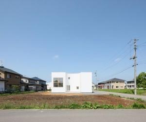 House in Kitakami by Yukiko Nadamoto Architects