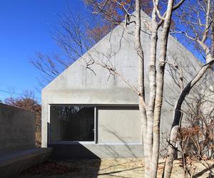 House in Nasu by Kazunori Fujimoto Architect