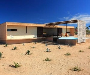 House in the Mexican desert