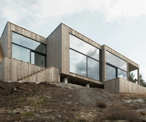House on the rocks by Gipp Architects
