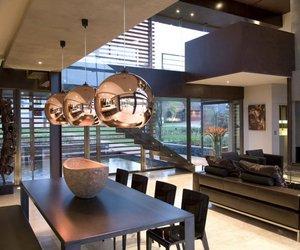 House Serengeti by Nico van der Meulen Architects