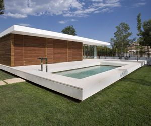 House SRR by Silvestre Navarro Arquitectos