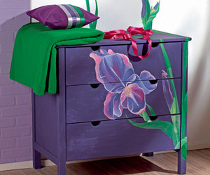 How To Decorate A Simple Chest of Drawers