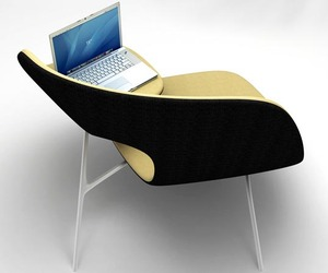 Hug Chair by Ilian Milinov