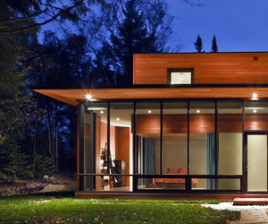 Hurteau-Miller Residence by Kariouk Associates