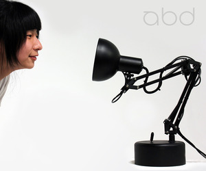 i-lamp Animatronics Lamp by Adam Ben-Dror