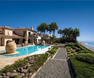 Imposing Beachfront Villa in Los Monteros