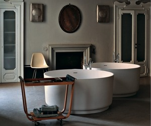 Inout Bathtub by Agape