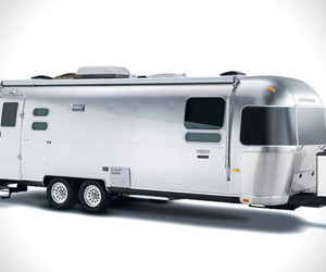 International Sterling | Airstream