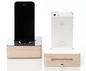 iPhone Dock by germanmade