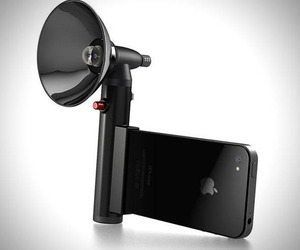 iPhone Paparazzo Light Ultra Flash