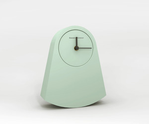 Ipno 'rocking' clock