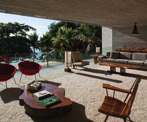 Island Beach House by Marcio Kogan Architects