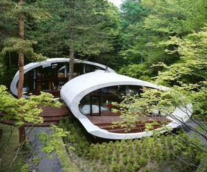 Japanese 'Shell' House by Kotaro Ide of ARTechnic
