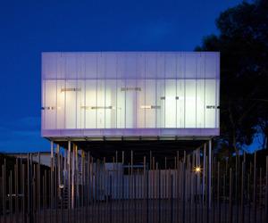 JLI House by MCP Arquitectura