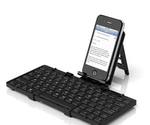 Jorno — the pocketable, folding, bluetooth keyboard.